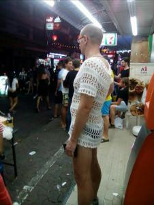 Яйценюх уехал в Таиланд