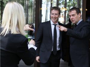 Как нам реорганизовать Фейсбук